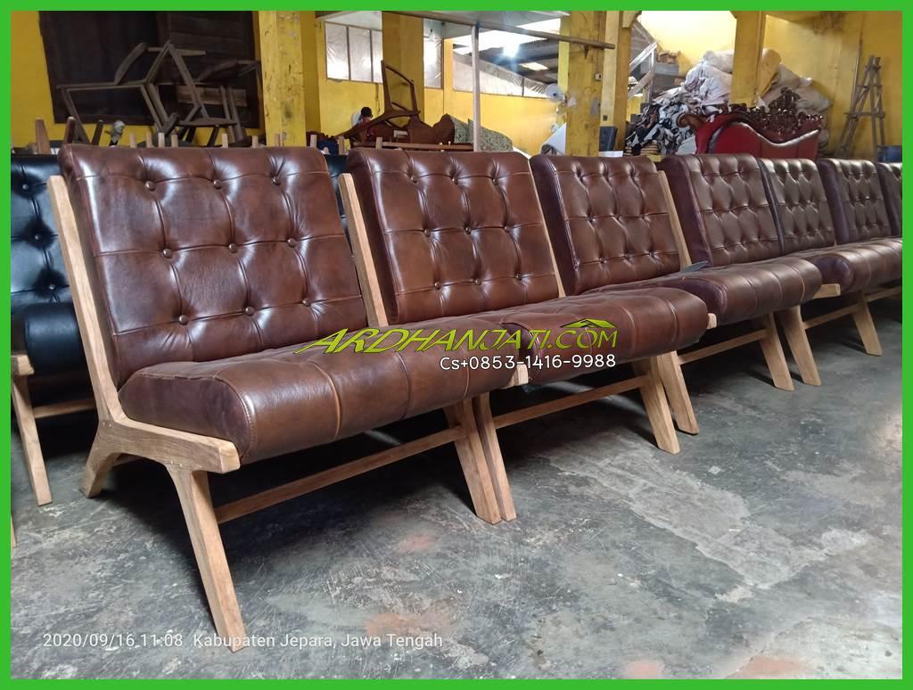 Kursi Santai Leather Vintage