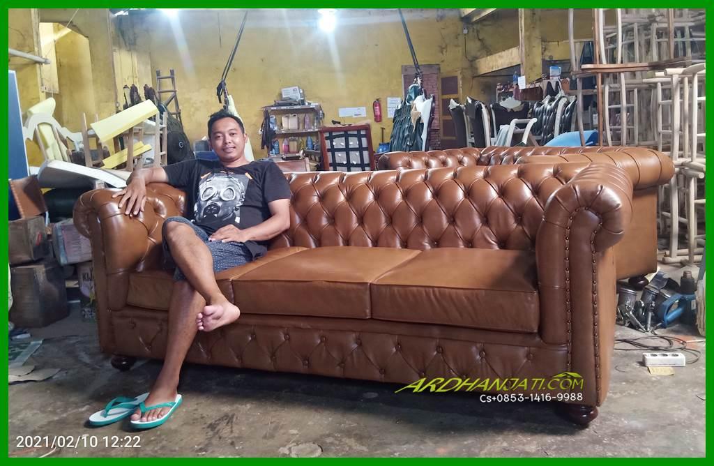 Sofa Tamu Minimalis Leather Chesterfield